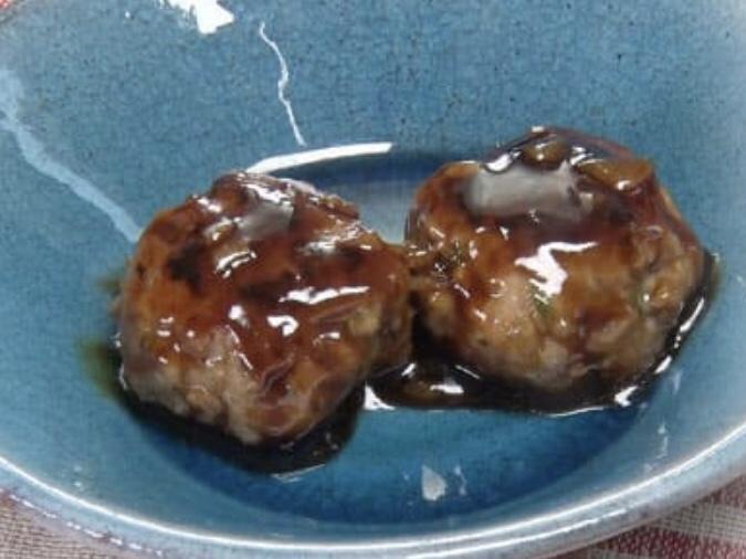 餃子の餡を使った黒酢団子