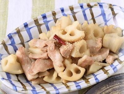 れんこんと豚トロの炒め物
