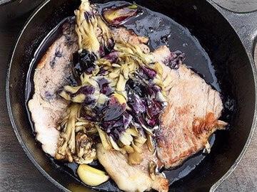 香福豚のソテー ブルーベリーソース